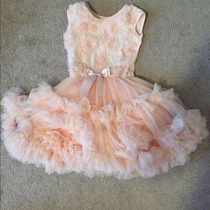 Other - Adorable Girls Ruffle Dress